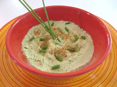 Tangy Almond and Chive Cheese Spread